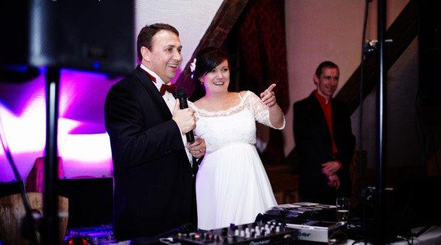 Młode pary, niektóre weselne tradycje pomijają tylko, dlatego, że nie odpowiadają ich upodobaniom. Inaczej rzecz wygląda z podziękowaniami dla rodziców […]
